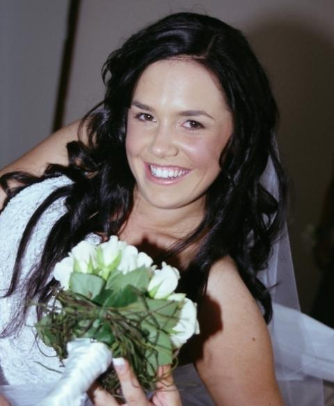 Pre-wedding address photography portait of Cara.