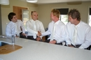 Pre-Wedding Photography:Groomsmen's preparation time